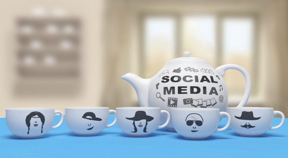 Social media cups teapot tweetchat